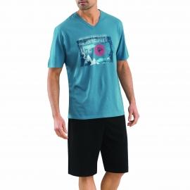 Pyjama court Athena en coton : Tee-shirt col V bleu/vert floqué et bermuda noir