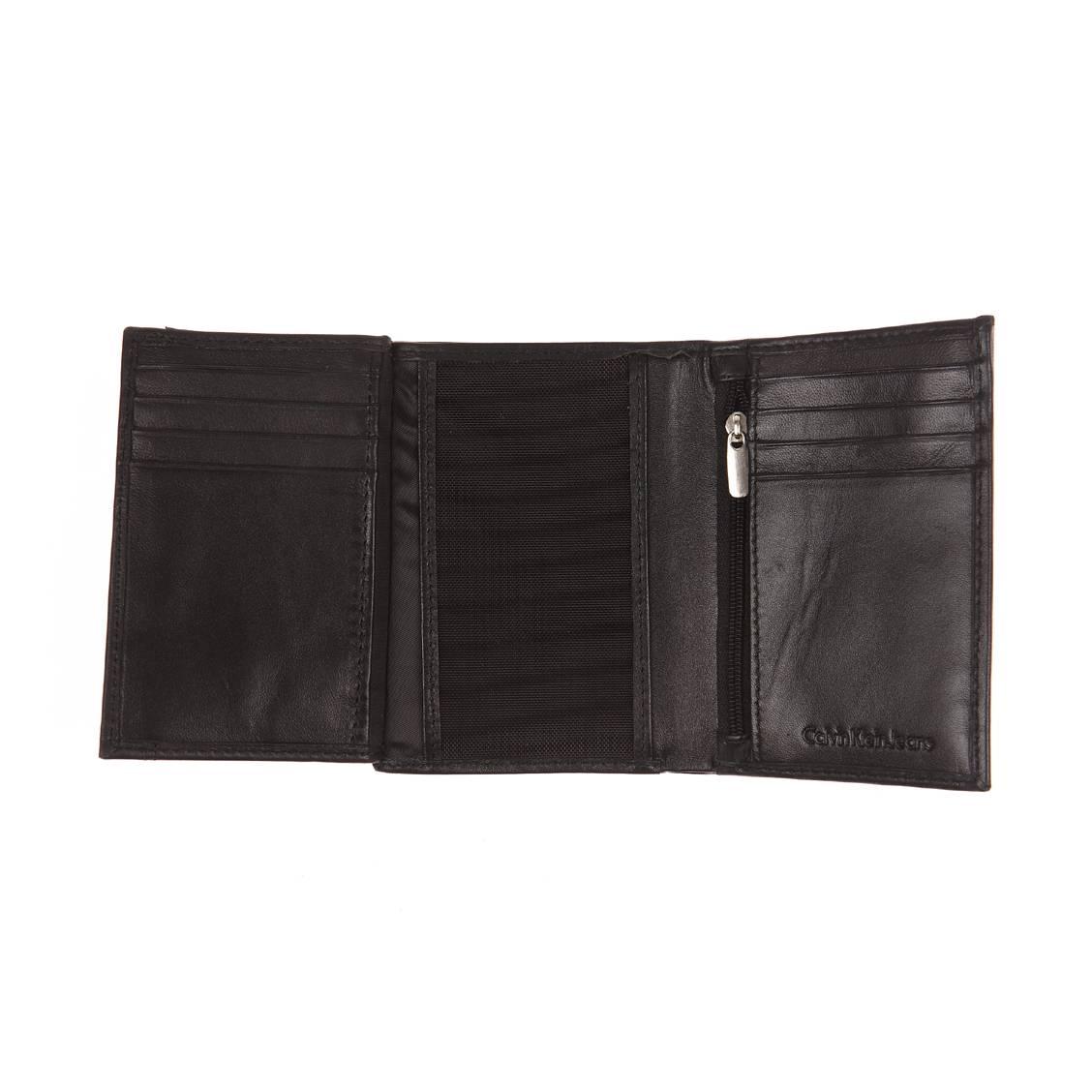 Portefeuille européen Calvin Klein Jeans Rail en cuir lisse noir 7M55P4lx