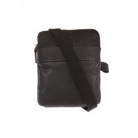 Mini sacoche Calvin Klein Jeans noir en simili cuir et tissu monogrammé
