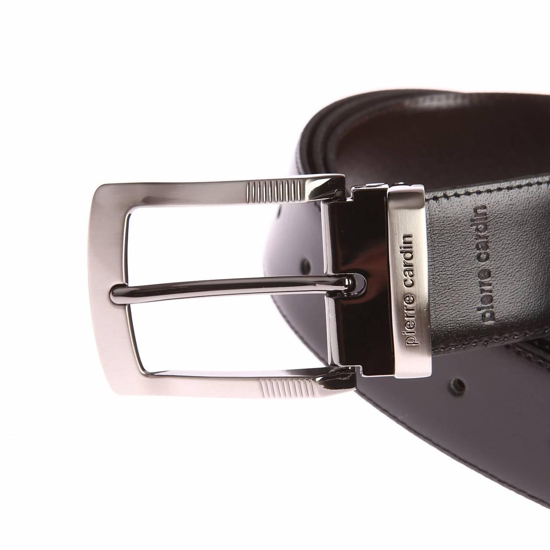 58de76a5c4a7 ... Coffret ceinture Pierre Cardin en cuir réversible noir et marron foncé  à boucles interchangeables   classique