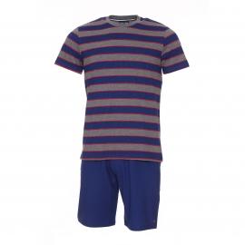 Pyjama court Eden Park en coton : tee-shirt manches courtes à rayures grises, bleues et rouges et short bleu