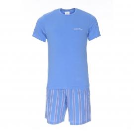 Pyjama court Calvin Klein : Tee-shirt manches courtes bleu clair et bermuda bleu clair à rayures
