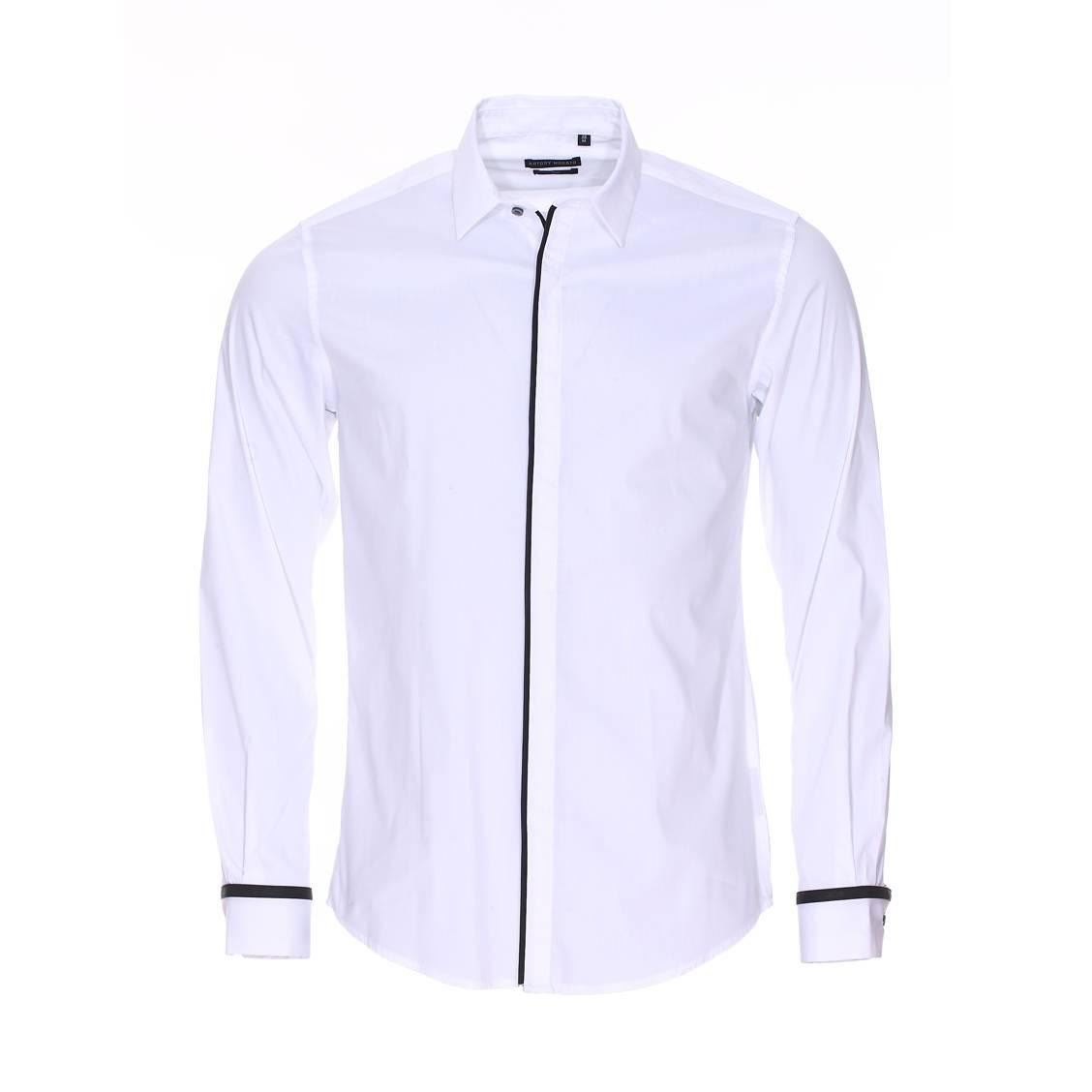 Chemise cintrée  en coton blanc à liserés noirs
