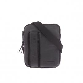 Sacoche plate Asher Calvin Klein noire