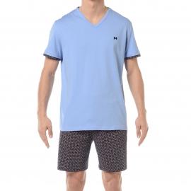 Pyjama court HOM Pierre : Tee-shirt col V bleu ciel et short bleu marine à quadrillage multicolore
