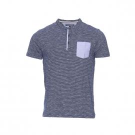Tee shirt Sasha Tommy Hilfiger col tunisien en coton bleu marine à fine rayures blanches