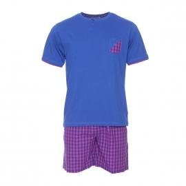 Pyjama court Mariner bi-matière : tee-shirt manches courtes col v bleu marine, short à carreaux violine et bleu marine