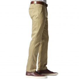 Pantalon Alpha Khaki Original Slim Tapered Dockers en twill beige