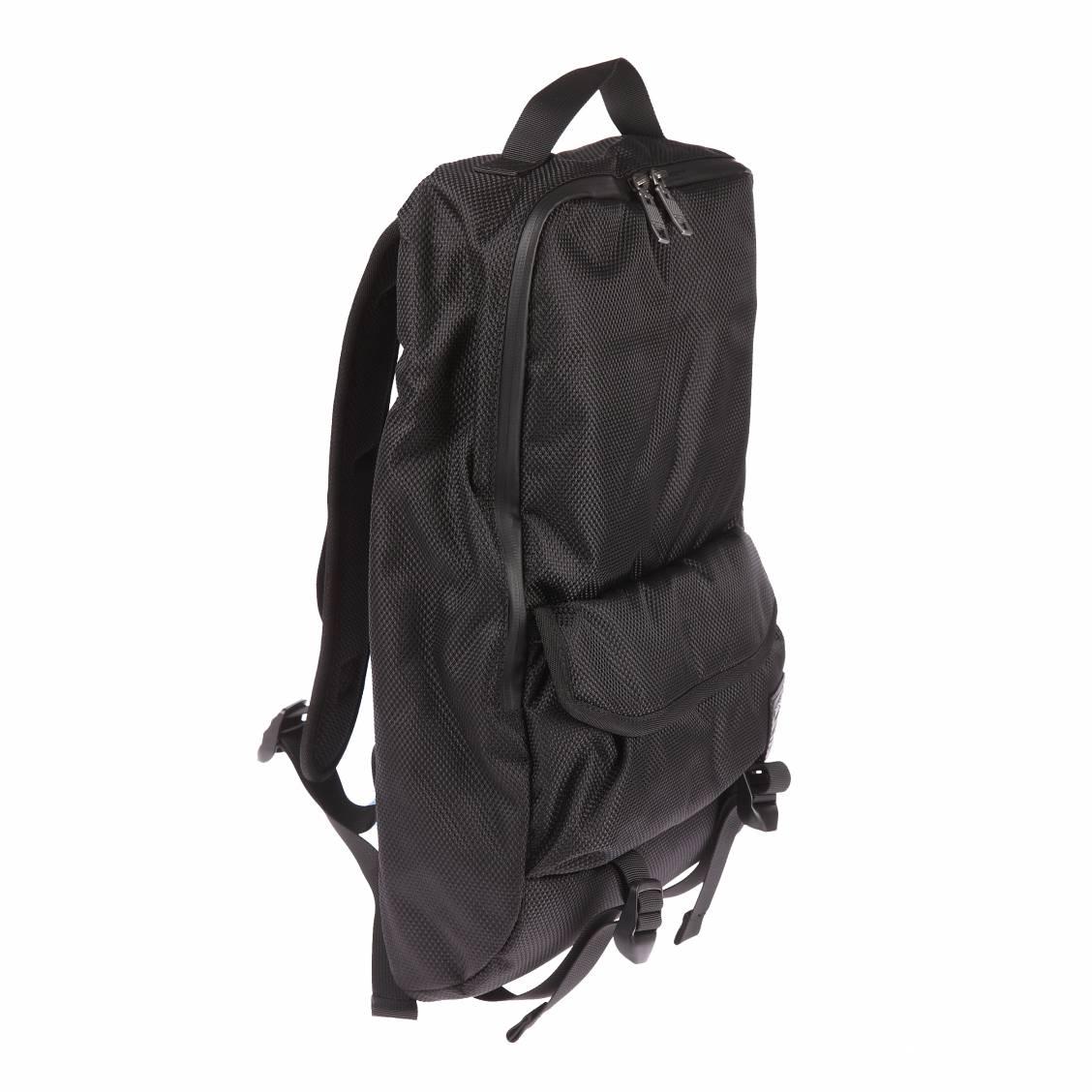 sac dos diesel close ranks en tissu noir quadrill rue des hommes. Black Bedroom Furniture Sets. Home Design Ideas