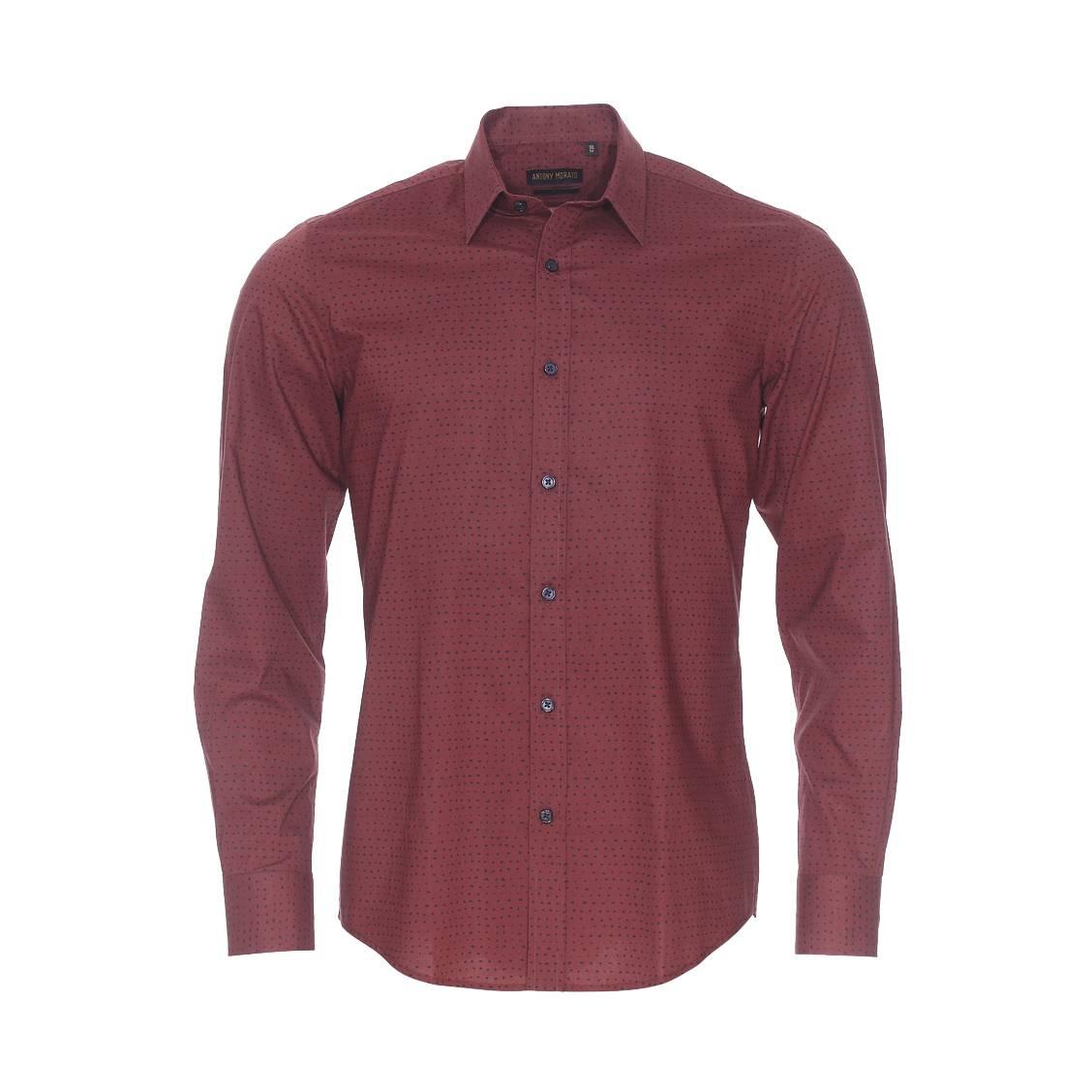 Chemise slim  en coton rouge carmin à pois noirs