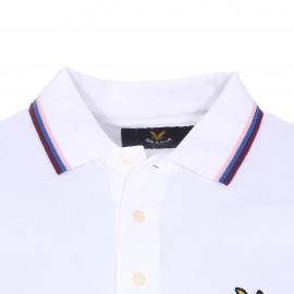 Polo Lyle & Scott en maille piquée blanche, col à bande tricolore