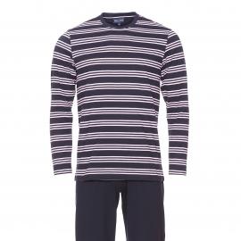 Pyjama long Eden Park en coton : Tee-shirt manches longues bleu marine à rayures rose pâle et pantalon uni bleu marine