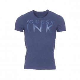 Tee-shirt col V Guess bleu marine et imprimé sur l'avant
