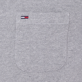 Polo Hilfiger denim en maille piquée gris clair à col bleu foncé effet lin