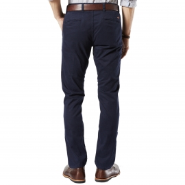 Pantalon Alpha Stretch Khaki Original Skinny Tapered Dockers en sergé de coton bleu marine