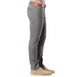 Pantalon Alpha Stretch Khaki Original Skinny Tapered Dockers en sergé de coton gris