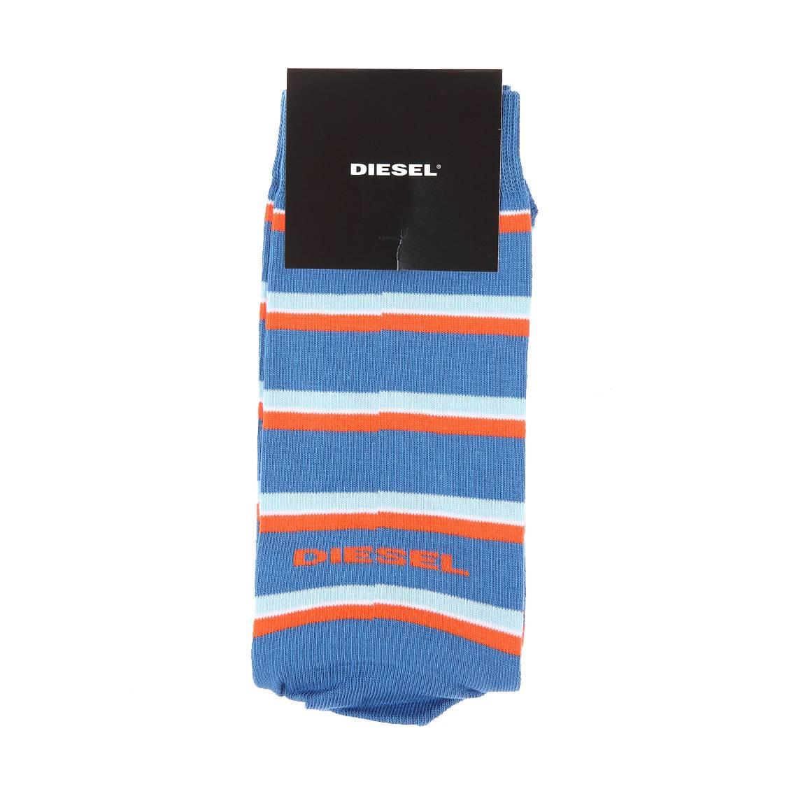 Chaussettes  bleu azur à rayures bleu ciel et oranges