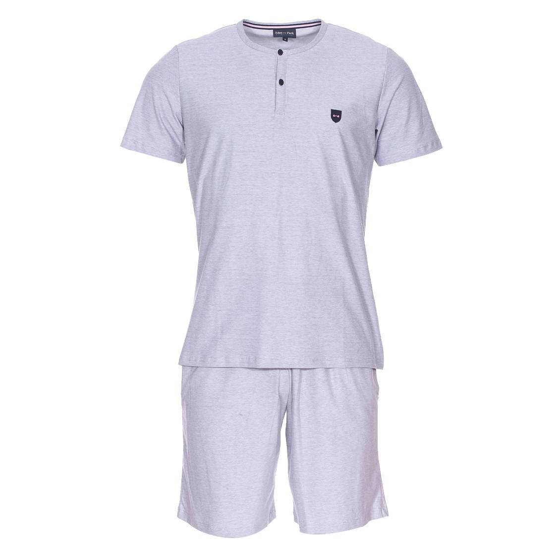 Pyjama court  en coton mélangé : tee-shirt manches courtes col tunisien et bermuda à fines rayures bleues et blanches
