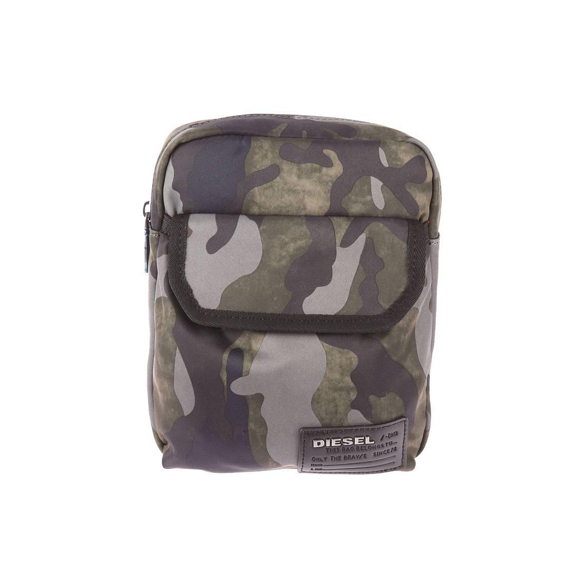 Sacoche porté croisé  close ranks à imprimé camouflage