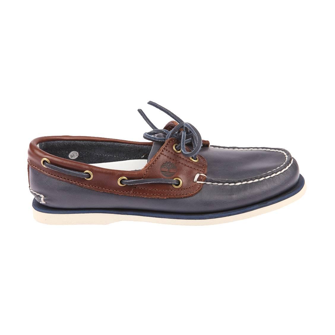 chaussures bateau 2 eye timberland en cuir bleu marine et marron rue des hommes. Black Bedroom Furniture Sets. Home Design Ideas