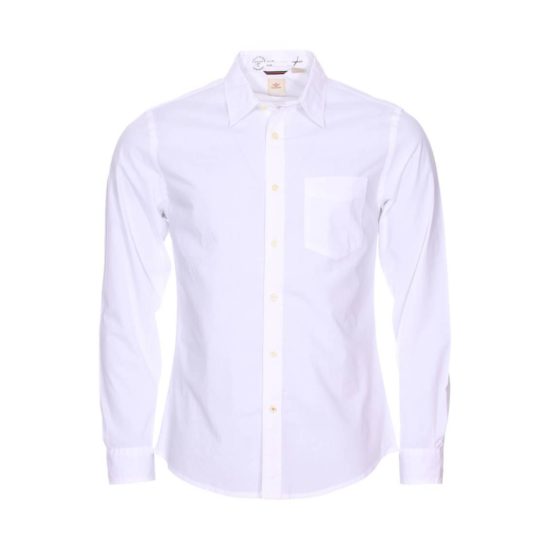 Chemise cintrée  en coton blanc à poche poitrine
