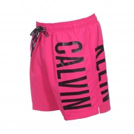 Short de bain Calvin Klein rose fuchsia floqué sur le côté