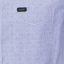 Chemise cintrée manches courtes Lee en coton à fines rayures et à motifs brodés bleu clair et blancs