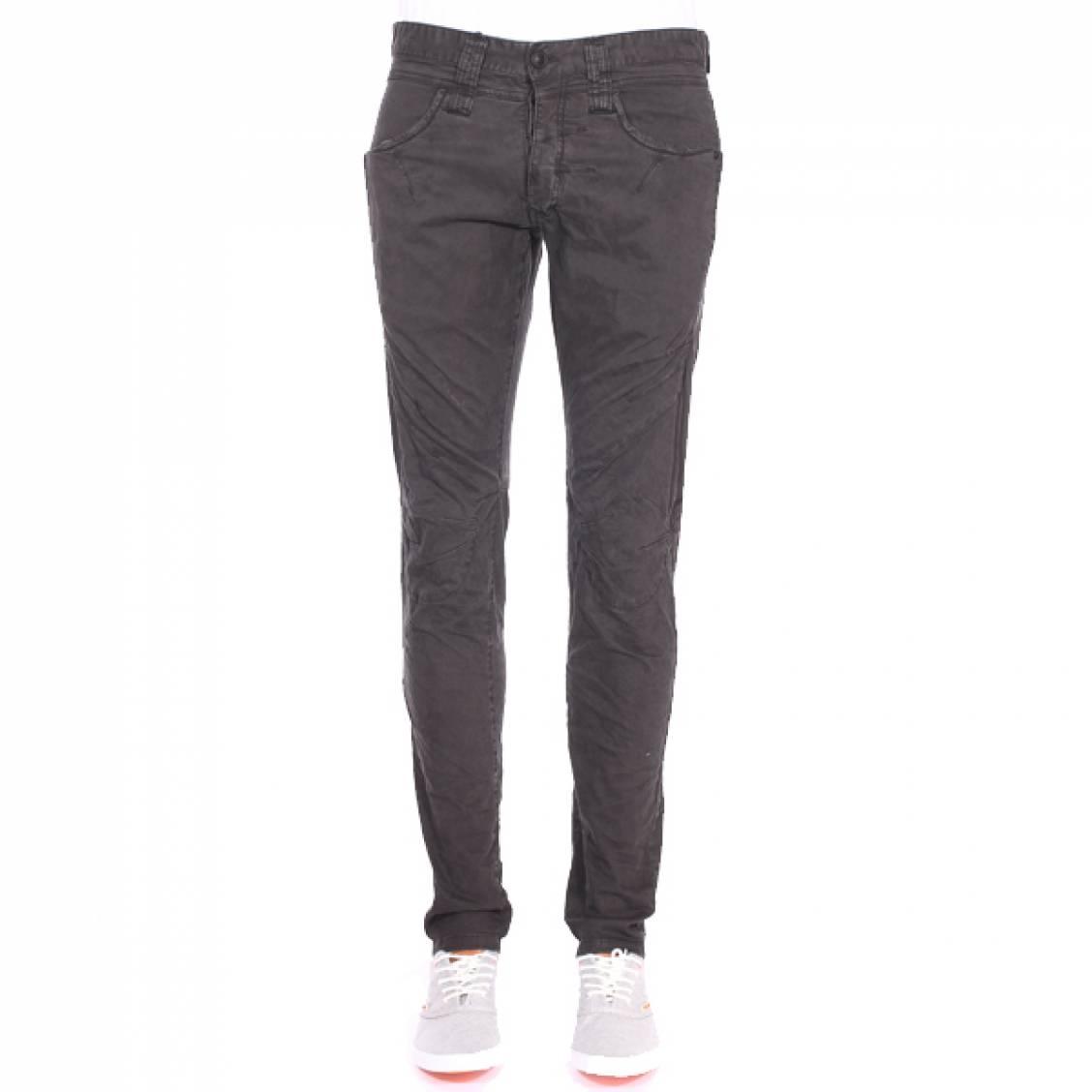 Pantalon slim Deepend gris sombre à effet froissé