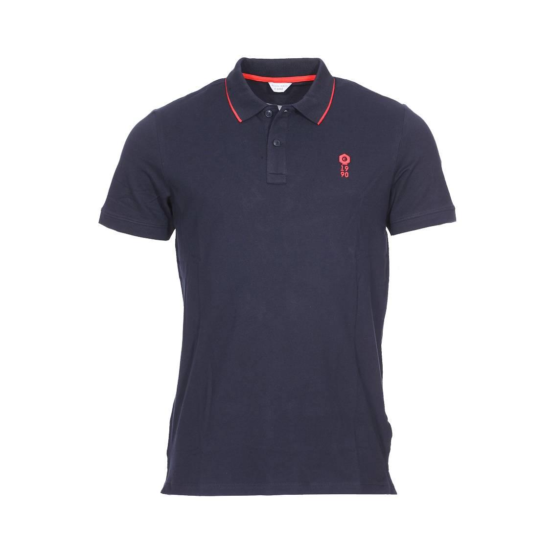 Polo Jack   Jones en coton stretch bleu marine brodé en rouge   Rue ... f5117a15022c