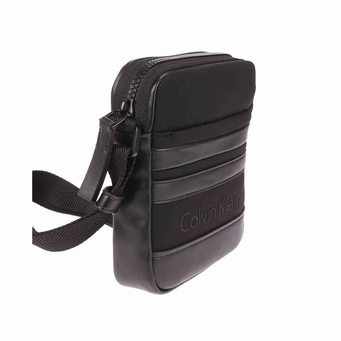 Sacoche Calvin Klein Jeans Neo Graphic bi-matière noire I2RQMaC0T7