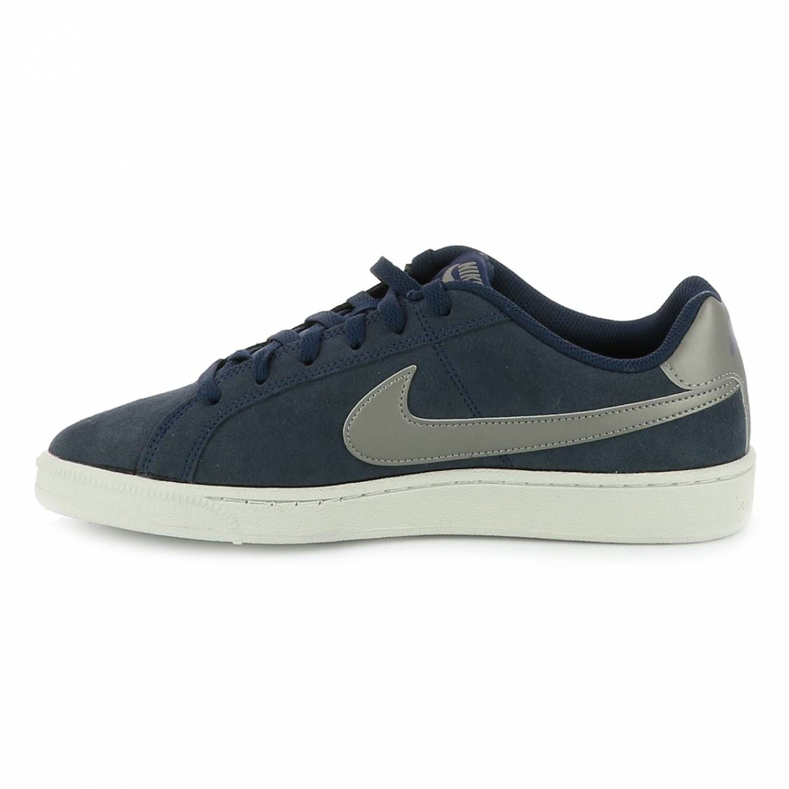 online store 3eeea 502a6 ... Baskets Nike Court Royale bleu marine ...