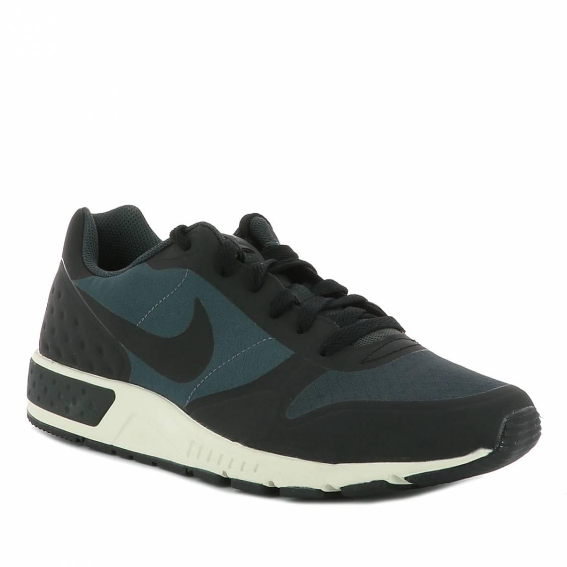 grand choix de fc012 65ec8 Baskets Nike Nightgazer noires à détails bleu pétrole | Rue Des Hommes