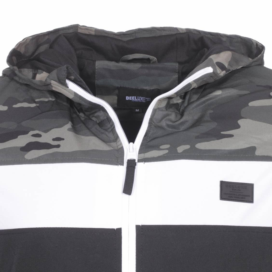 Veste zippée à capuche Deeluxe Est. 74 Frizzy noire à bande blanche et à imprimé camouflage vert kaki sur les épaules   Rue Des Hommes