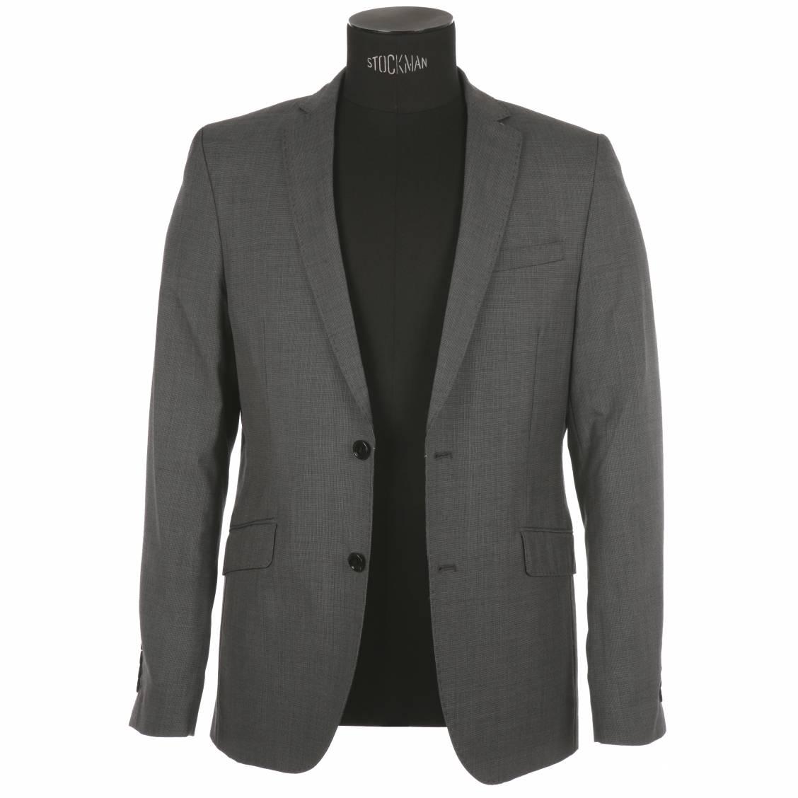 D'une élégance intemporelle, la veste pour homme a tout pour conférer un look moderne et viril. Des blousons zippés aux doudounes pourvues d'un col montant en passant par les modèles en jeans à effet usé, les vestes pour homme de cette sélection se déclinent dans un vaste panel de coupes et de couleurs.