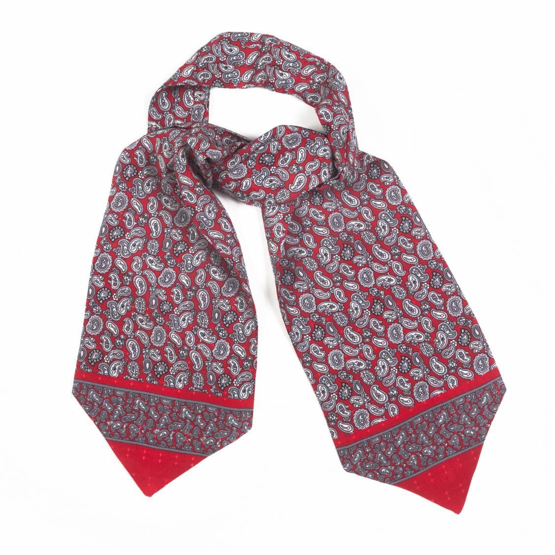 Foulard ascot à nouer en soie rouge à motifs cachemire gris