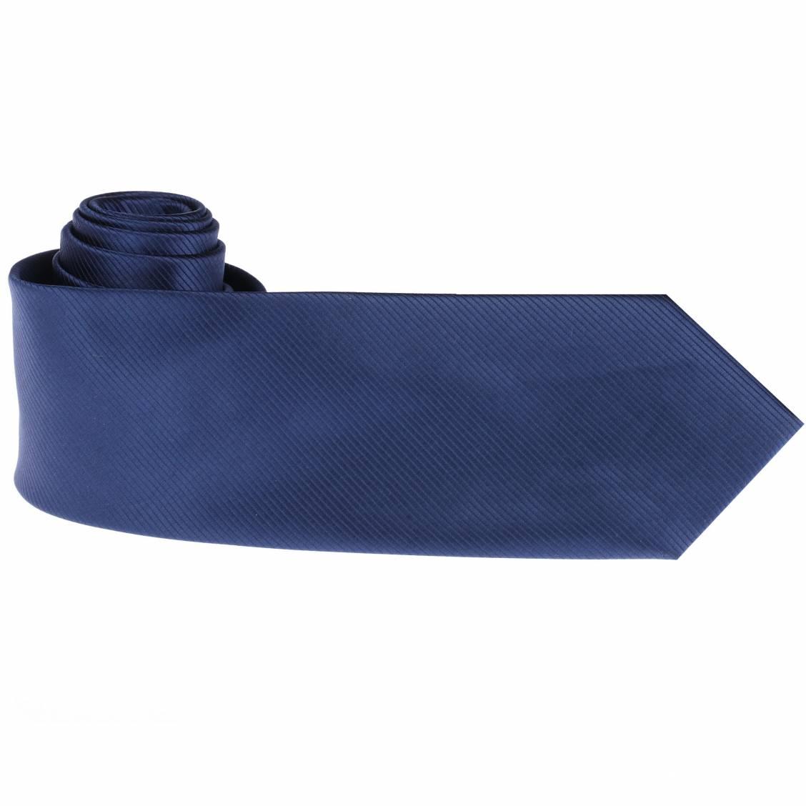 Cravate unie marine. Cravate marine soyeuse, 100% Made in... France ! Elégante et passe-partout, elle est indispensable à votre panoplie
