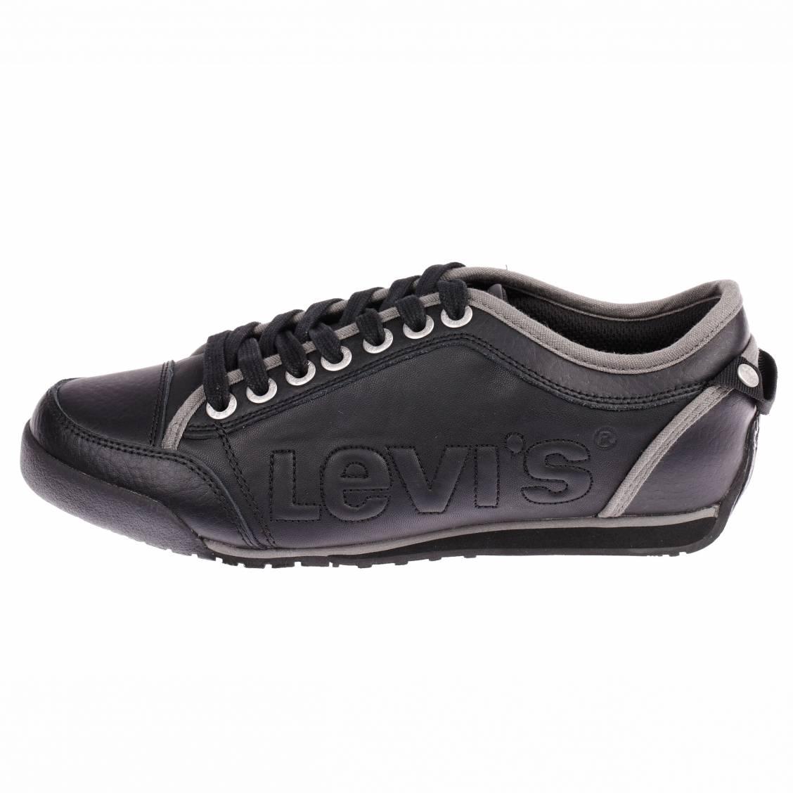 chaussures homme levi s en cuir noir estampillees. Black Bedroom Furniture Sets. Home Design Ideas